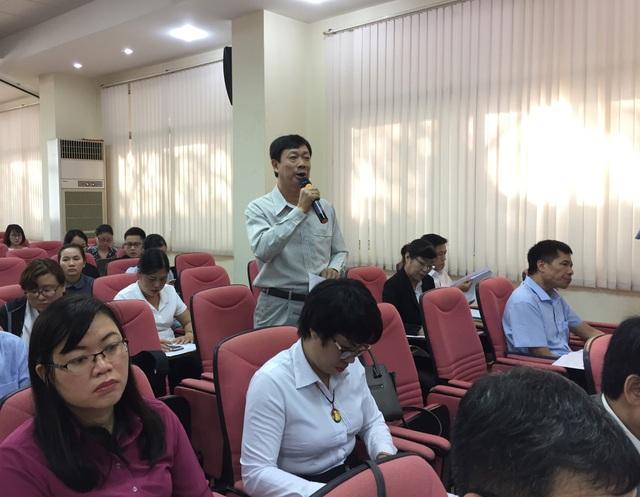 Ông Trần Ngọc Long, THPT huyện Long Thành (Đồng Nai) cho biết rất mừng khi dự thảo luật Giáo dục sửa đổi đề xuất tăng lương cho giáo viên