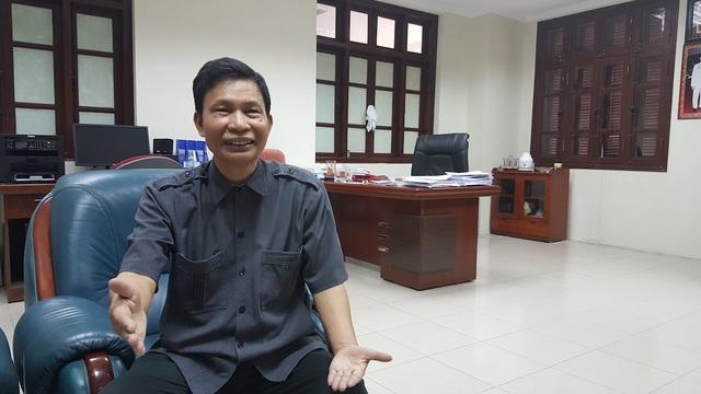 Ông Nguyễn Minh Mẫn - Quyền Vụ trưởng Vụ III, Thanh tra Chính phủ trao đổi với phóng viên Dân trí chiều 8/9 (Ảnh: Thế Kha).