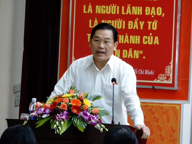 Ông Nguyễn Thanh Quang – Trưởng đoàn đại biểu Quốc hội TP Đà Nẵng trả lời ý kiến các cử tri