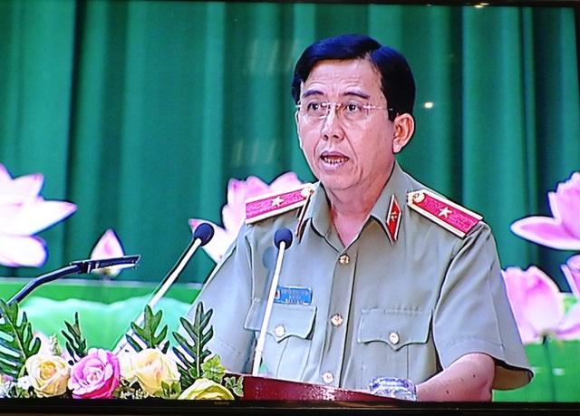 Thiếu tướng Nguyễn Minh Thuấn - Giám đốc Công an tỉnh Đồng Tháp cho rằng thanh thiếu niên nghiện ma túy ngày càng gia tăng vì mê ngồi quán cà phê, mê ngồi quán nhậu...