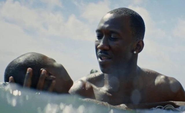 Moonlight giành giải Phim hay nhất tại Oscar 2017.