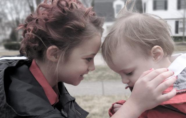 """Nicole Kidman trong phim """"Lion"""" (Tìm mẹ) được tái hiện lại bằng phiên bản tí hon - cô bé Sophia."""