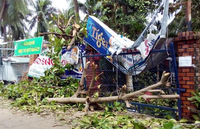 """Khánh Hòa """"oằn mình"""" sau bão,  23 người tử vong! - 5"""