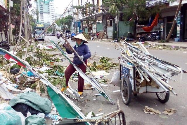 Bão số 12 đã làm tỉnh Khánh Hòa bị thiệt hại nặng nề nhất trong số các tỉnh Nam Trung Bộ - Tây Nguyên bị bão tàn phá
