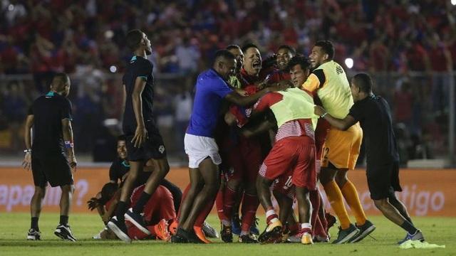 Niềm vui của các cầu thủ Panama sau khi dự World Cup 2018