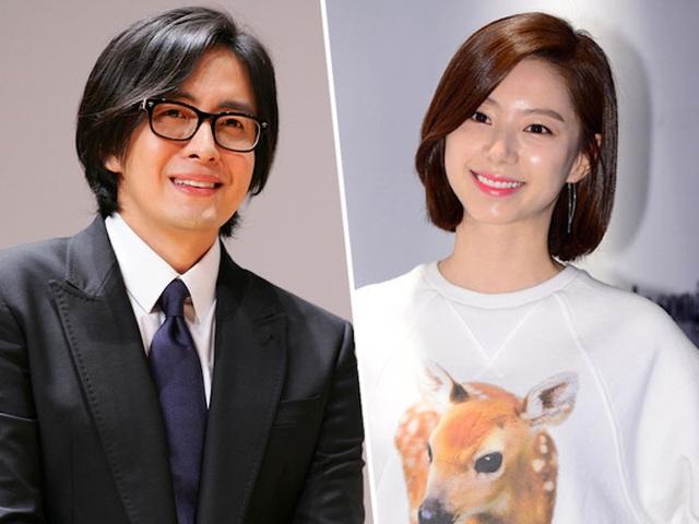 Bae Yong Joon và Park Soo Jin kết hôn vào tháng 7/2015 và đã đón con trai đầu lòng vào tháng 10/2016.