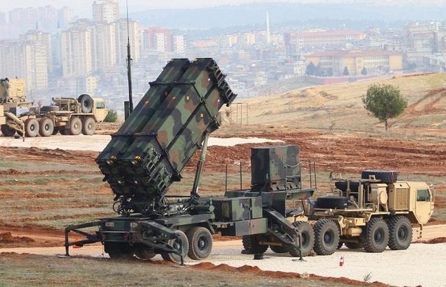Hệ thống phòng thủ tên lửa Patriot (Ảnh: EPA)