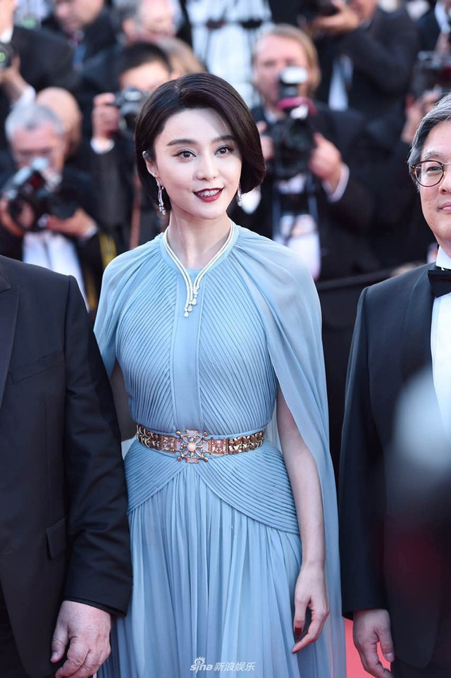 Phạm Băng Băng đẹp như nữ thần trên thảm đỏ LHP Cannes 2017 - 6