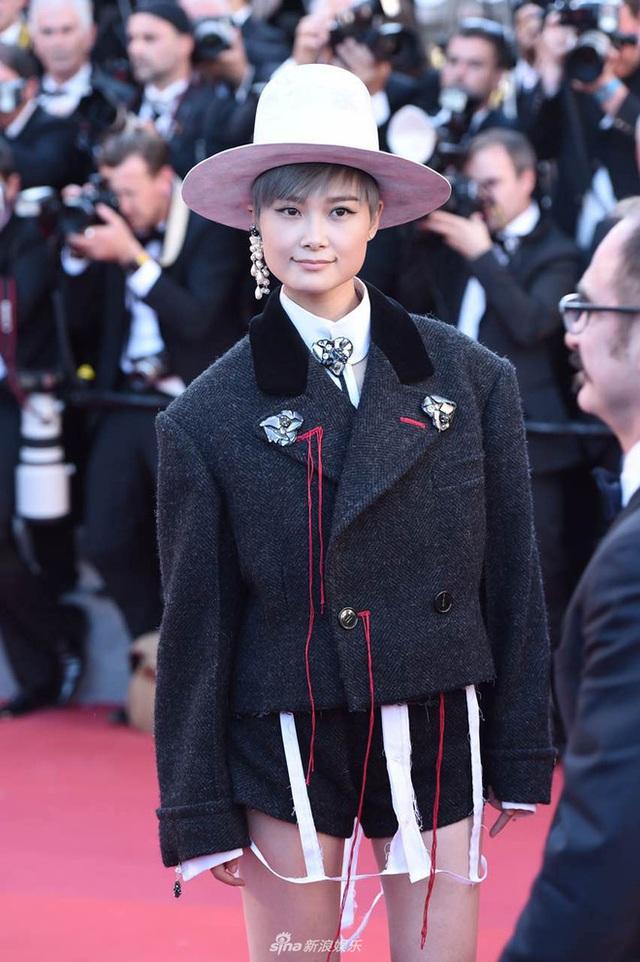 Phạm Băng Băng đẹp như nữ thần trên thảm đỏ LHP Cannes 2017 - 14