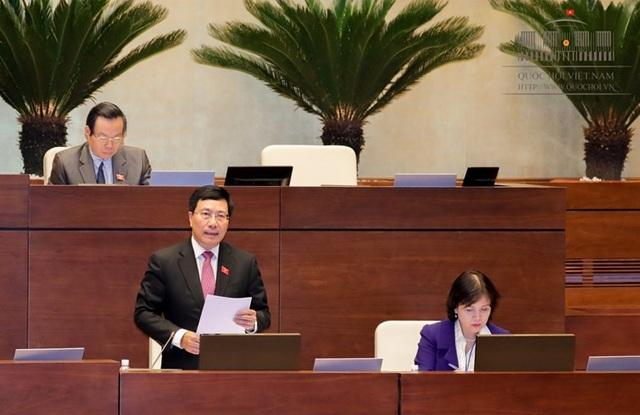 Phó Thủ tướng Phạm Bình Minh: Các đại sứ không chỉ được lựa chọn trong Bộ ngoại giao mà còn lựa chọn từ Quốc hội.