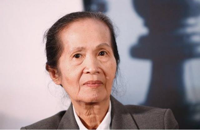 Chuyên gia Phạm Chi Lan, nguyên Chủ tịch Phòng Thương mại và Công nghiệp Việt Nam (VCCI), thành viên Ban Nghiên cứu của hai cố Thủ tướng Chính phủ Võ Văn Kiệt và Phan Văn Khải.