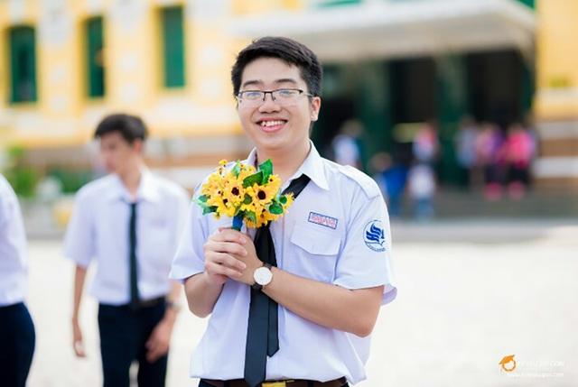 Phạm Hữu Triết, học sinh trường Phổ thông Năng khiếu- thí sinh thứ 2 của TPHCM đạt 30 điểm khối B (ảnh NVCC)