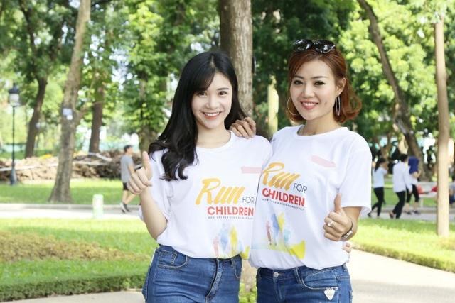 Diễn viên Phan Hương với diễn viên Thanh Bi, Duy Nam.