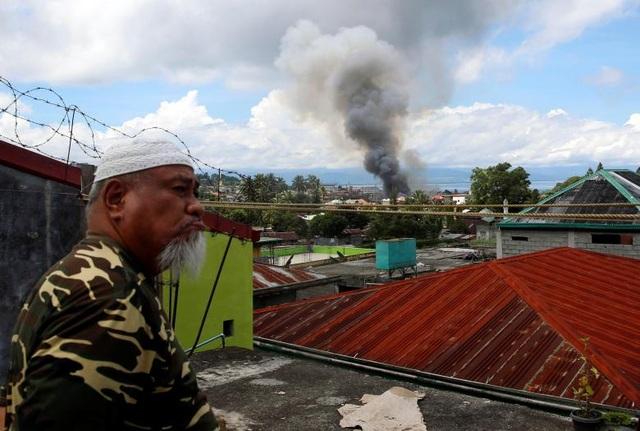Chiến dịch giải phóng Marawi tiến triển chậm do nhiều dân thường vẫn bị mắc kẹt hoặc bị phiến quân bắt giữ làm con tin. (Ảnh minh họa: Reuters)