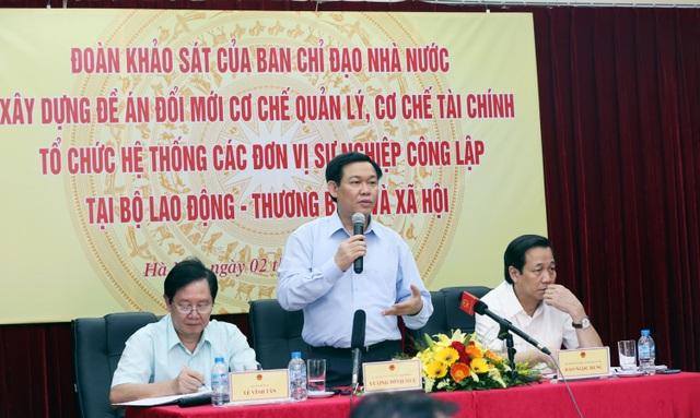Phó Thủ tướng Vương Đình Huệ chủ trì buổi làm việc