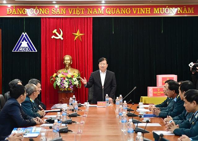 Tại cuộc làm việc, Phó Thủ tướng tập trung xem xét phương án thiết kế số 3 và 3B