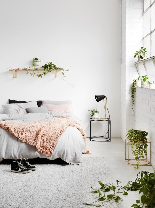Gợi ý thiết kế phòng ngủ thanh lịch và đẳng cấp với gam màu trắng - 4