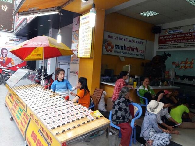 Một đại lý vé số truyền thống và điện toán lớn tại quận Gò Vấp, TP HCM