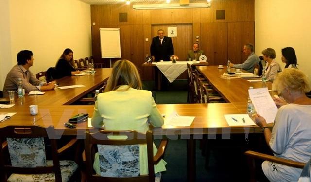 Ông Winter trong cuộc họp báo về nhu cầu tiếp nhận lao động Việt Nam tại Séc (Ảnh: Trần Quang Vinh/Vietnam+)