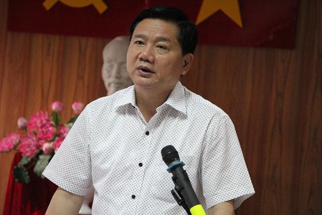 Bí thư Thành ủy TPHCM Đinh La Thăng phát biểu tại buổi làm việc.