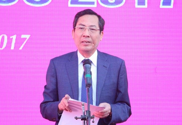 Ông Thuận Hữu phát biểu tại Lễ khai mạc Hội báo toàn quốc 2017 (Ảnh: Nguyễn Dương).