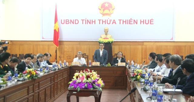 Phó Thủ tướng Vũ Đức Đam làm việc với tỉnh Thừa Thiên Huế chiều 30/3 về nhiều vấn đề y tế