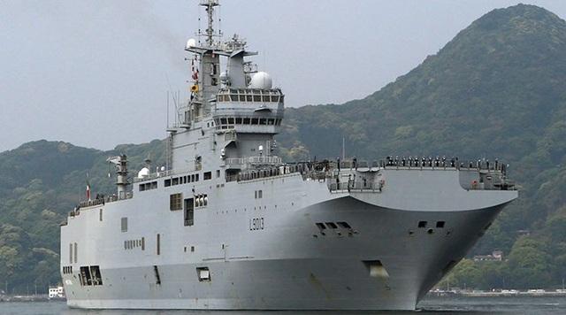 Tàu Hải quân Pháp cập cảng căn cứ hải quân Sasebo ở Nagasaki hôm 29/4. (Nguồn: Reuters)