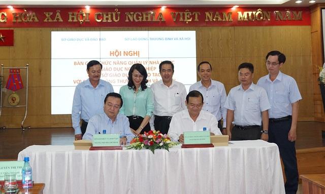 Sở GD-ĐT TPHCM chính thức bàn giao 50 trường CĐ, TC về Sở Lao động
