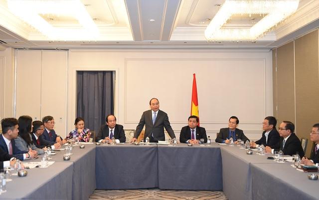 Thủ tướng Nguyễn Xuân Phúc tiếp đại diện doanh nhân Việt kiều tại Mỹ. Ảnh: VGP/Quang Hiếu