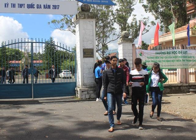 Thí sinh ở Lâm Đồng kết thúc môn thi chiều nay