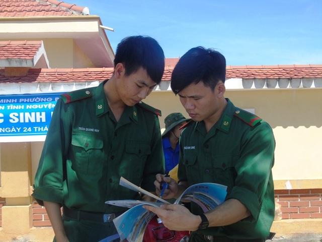 Nhiều thí sinh tại Quảng Bình nhận xét đề thi Lịch sử và Địa lý không khó. (Ảnh Tiến Thành)