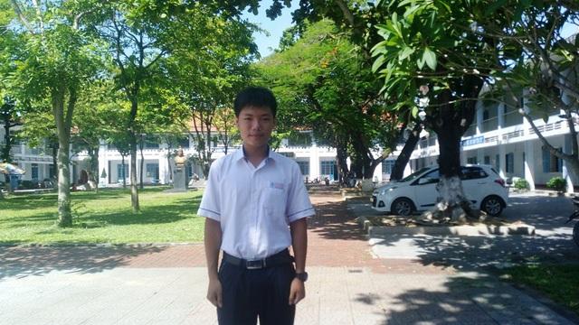 Chân dung cậu học trò Nguyễn Khoa Bảo, thủ khoa tỉnh Thừa Thiên Huế năm 2017.
