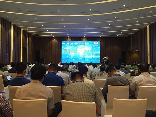 Hội thảo về bảo vệ an ninh mạng do Bộ Công an tổ chức Ảnh: LÊ HẠNH