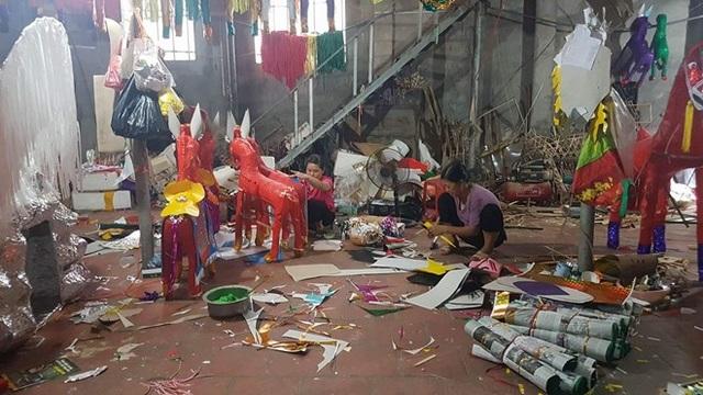 Những ngày này làng Phúc Am, xã Duyên Thái, huyện Thường Tín, Hà Nội hối hả vào mùa.