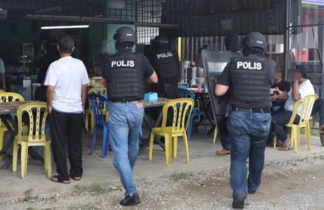 Cảnh sát Malaysia trong chiến dịch truy quét bọn khủng bố tại bang Kelantan vào ngày 10.10.2017 - Ảnh: Benar News