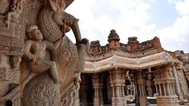 Bí ẩn bên trong thành phố của vua và các vị thần ở Ấn Độ - 1