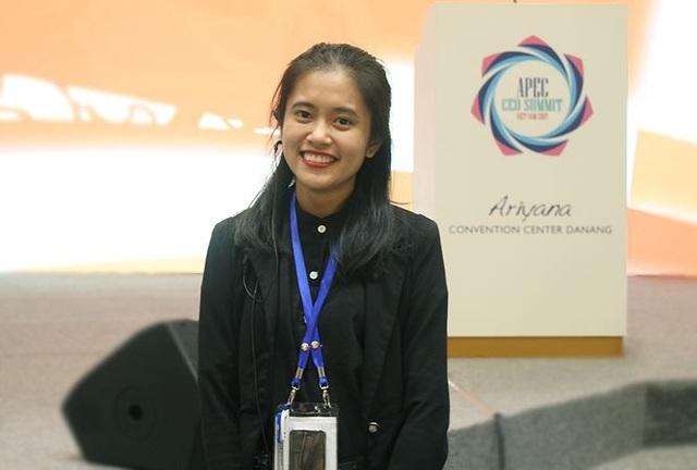 Lương Nữ Khánh Hằng tham gia làm tình nguyện viên trong nhiều chương trình. Ảnh: NVCC