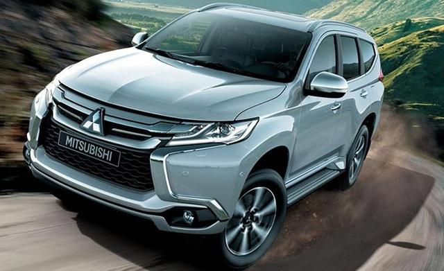 Các xe thuộc dòng All New Pajero Sport nhập khẩu được giảm giá mạnh.