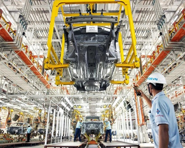 Tăng thuế nhập khẩu ô tô đã qua sử dụng có giúp ngành sản xuất xe hơi trong nước phát triển?