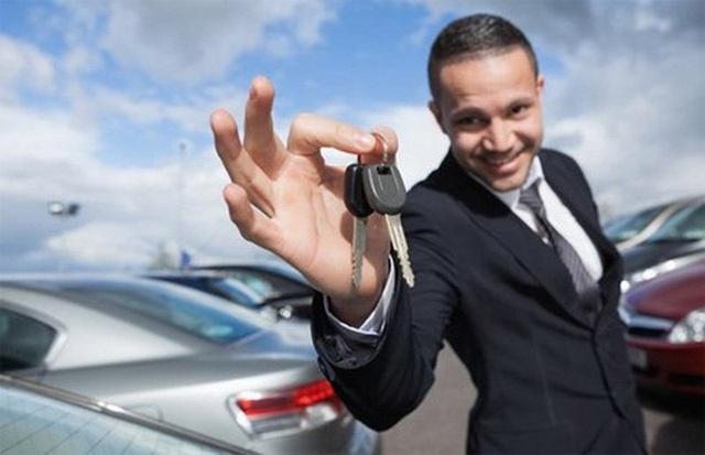 Mua ô tô ngày càng trở thành nhu cầu phổ biến với nhiều người.