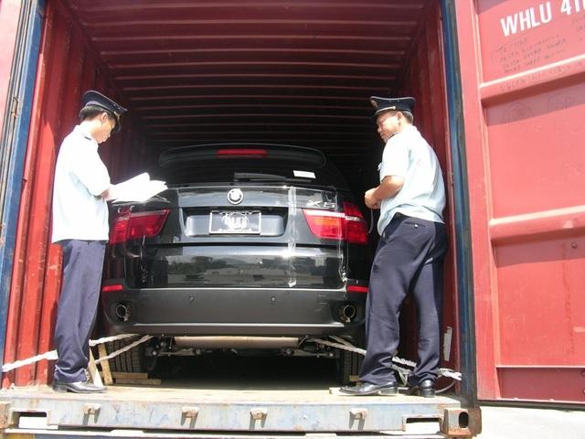 Nhập khẩu ô tô vẫn cần có giấy ủy quyền chính hãng.