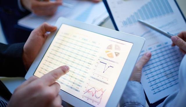 Chuyên gia Kinh tế lượng của Monash Business School đã thay đổi cả thế giới về tính toán dự báo.