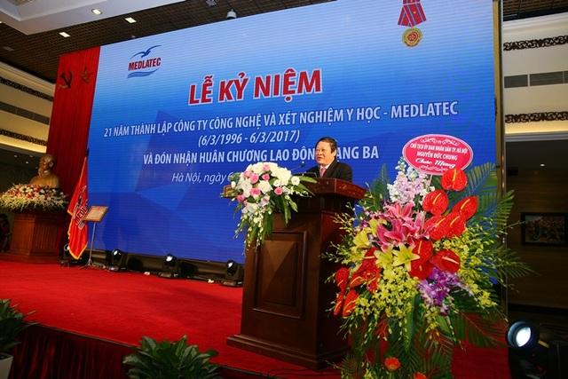 GS. TS. Nguyễn Viết Tiến - Thứ trưởng Bộ Y tế biểu dương, đánh giá cao mô hình chăm sóc sức khỏe tận nơi của BVĐK MEDLATEC.