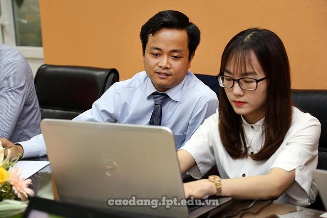 Ông Nguyễn Hùng Sơn trong buổi tọa đàm trực tuyến.