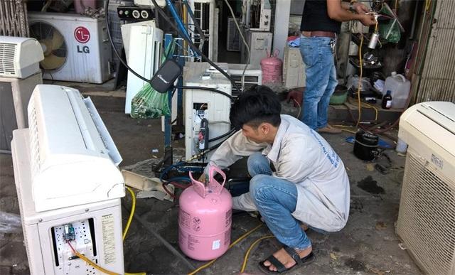 Nhiều khi chưa hết gas nhưng thợ điều hòa cho rằng đã hết cần phải bơm đầy (ảnh minh họa)