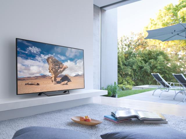 Không đơn thuần là thiết bị giải trí, TV còn góp phần hoàn thiện thẩm mỹ cho ngôi nhà
