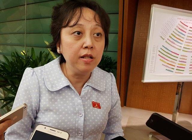 Đại biểu Phạm Khánh Phong Lan nguyên là Phó Giám đốc Sở Y tế TPHCM.