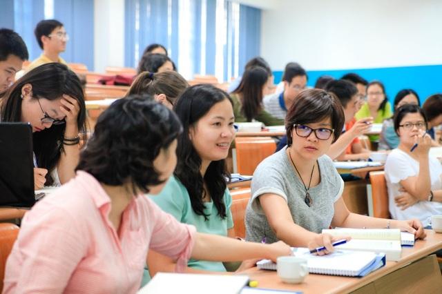 Bằng Thạc sỹ Tài chính nâng cao những kỹ năng chuyên sâu mở ra cho học viên nhiều cơ hội nghề nghiệp hơn trong tương lai. Ảnh: Lớp Thạc sỹ Kinh tế Ngân hàng và Tài chính - CFVG