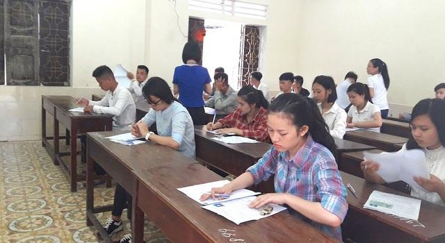 Tại huyện miền núi Quỳ Hợp có 1.114 em tham gia kỳ thi tốt nghiệp THPT Quốc gia năm 2017 tại 2 hội đồng coi thi là Trường THPT Quỳ Hợp I và Quỳ Hợp II với 47 phòng thi. (Ảnh: Nguyễn Duy)