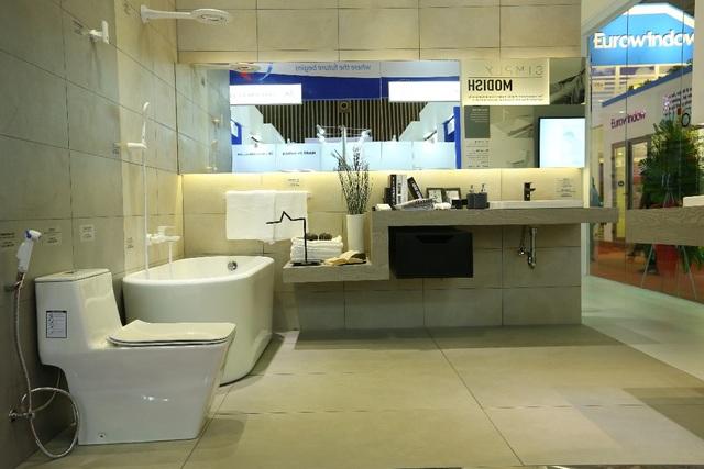 Phòng tắm đẹp và tiện nghi là không gian lãng mạn, ấm áp của vợ chồng mới cưới